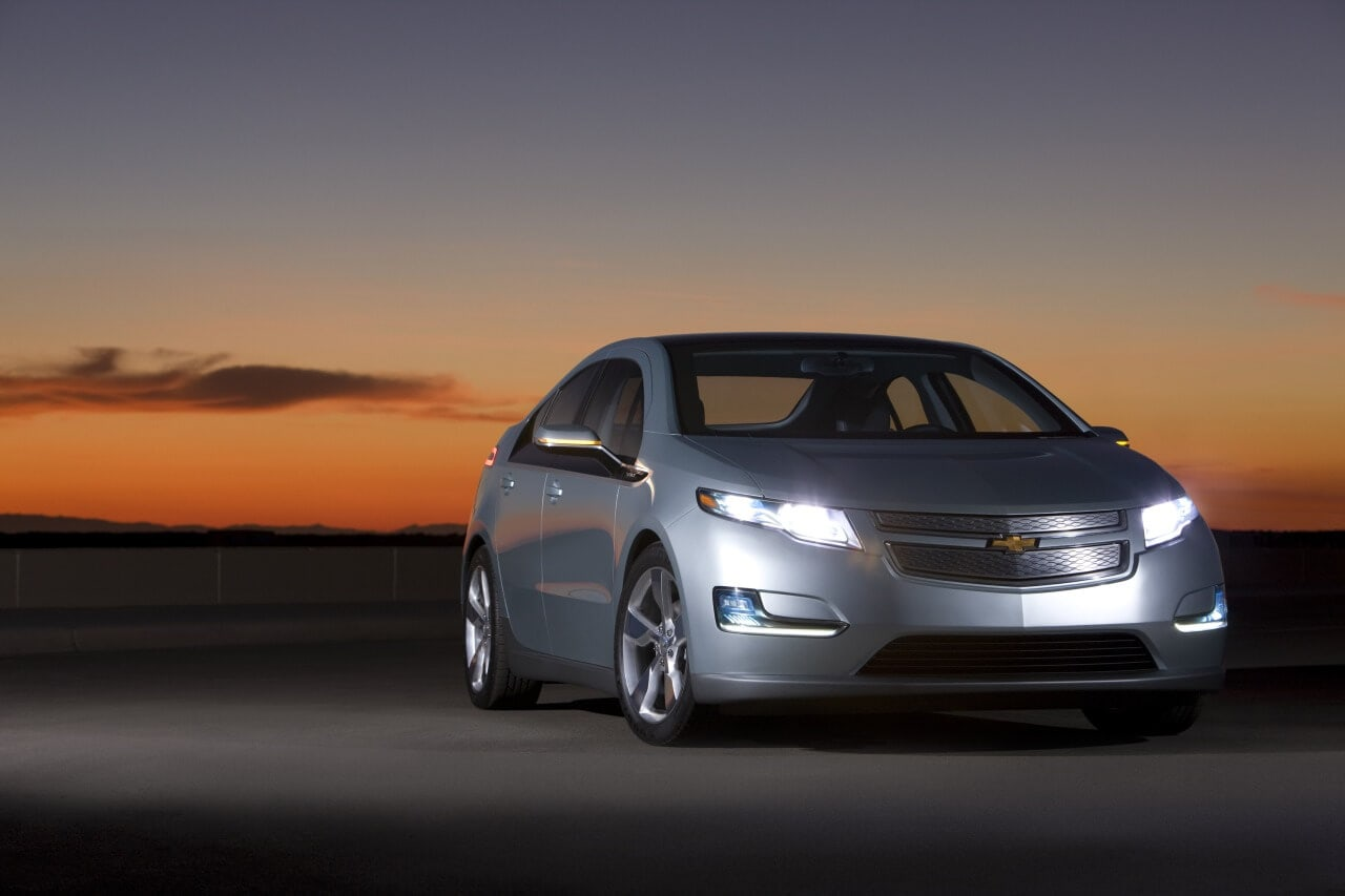 4 Awesome Electric Cars to Drive in 2012