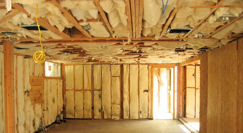 Home insulation tips for better energy conservation greener ideal - Advice on insulating your home ...