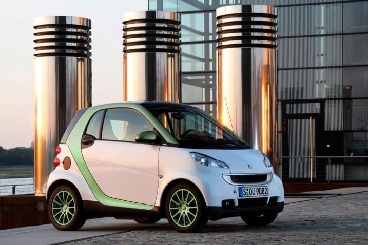 Hertz, Italo-NTV Offering Discounted EV Rentals in Rome