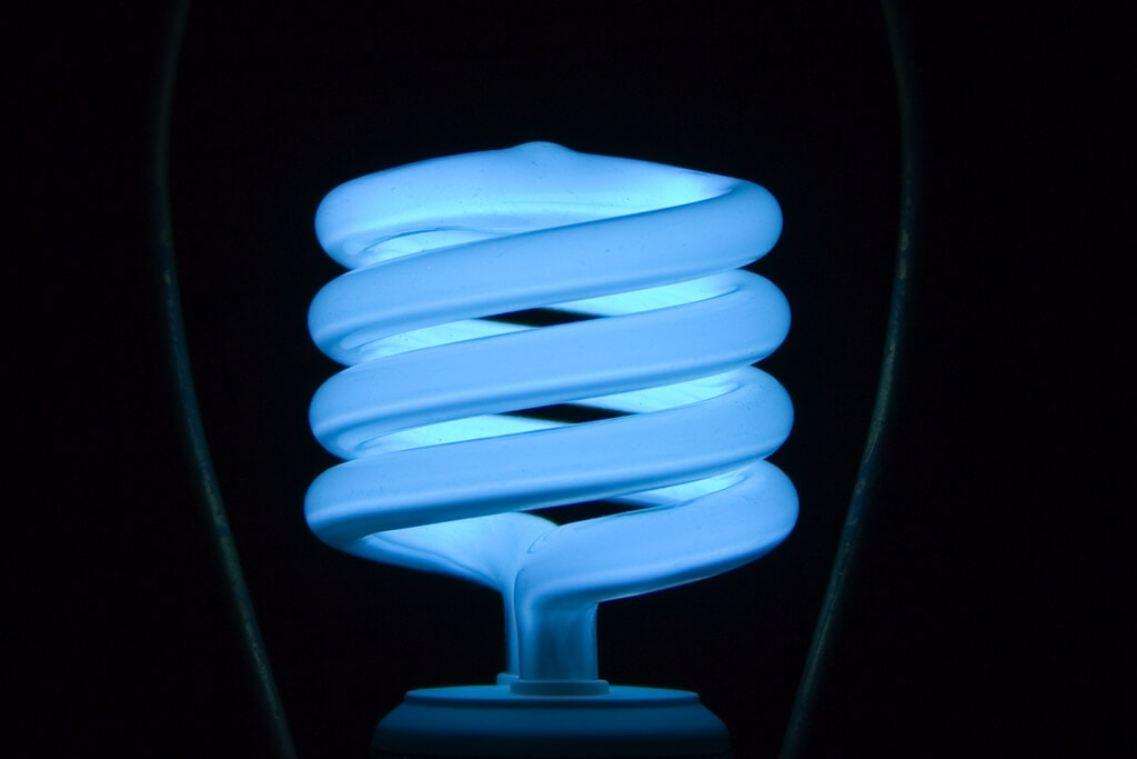inspirational are fluorescent lights bad for you compact florescent light bulbs for environment bad 963