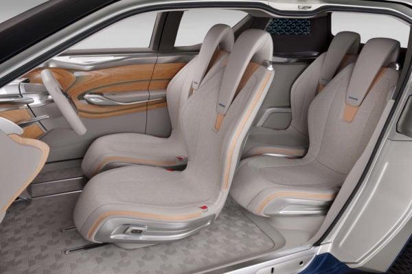 Nissan TeRRA SUV Concept Interior