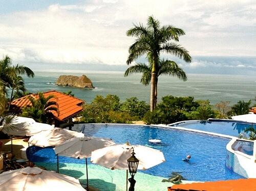 Parador Resort Spa