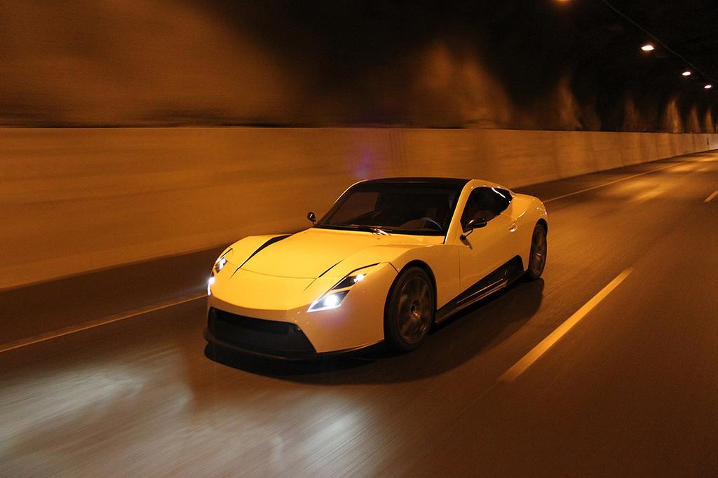 Scarlet Motors, Metropolia Teaming on Electric RaceAbout Development