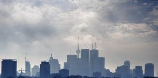 smog in Toronto in winter