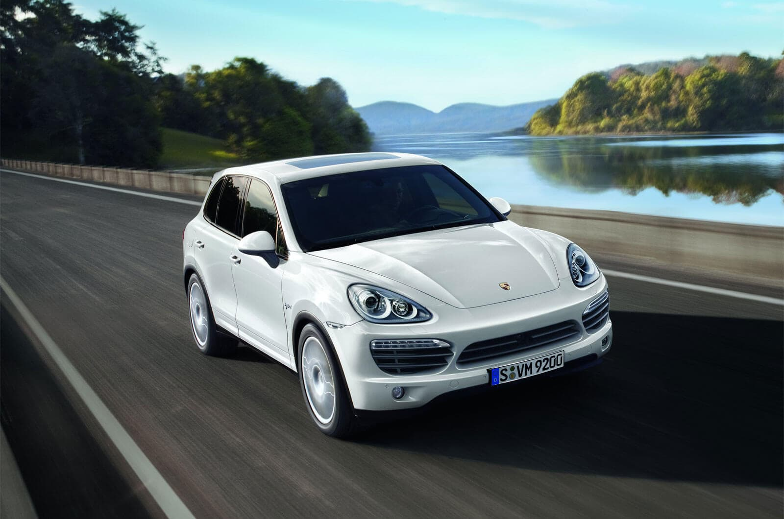Porsche Cayenne S Hybrid One Of The Best Eco Friendly Suvs