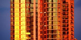 Stack effect in Toronto condo