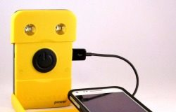 WakaWaka Power - iPhone Smartphone Charger