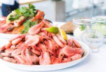 safe way to eat seafood