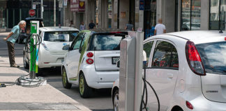 sweden-unveils-road-that-recharges-electric-vehicles