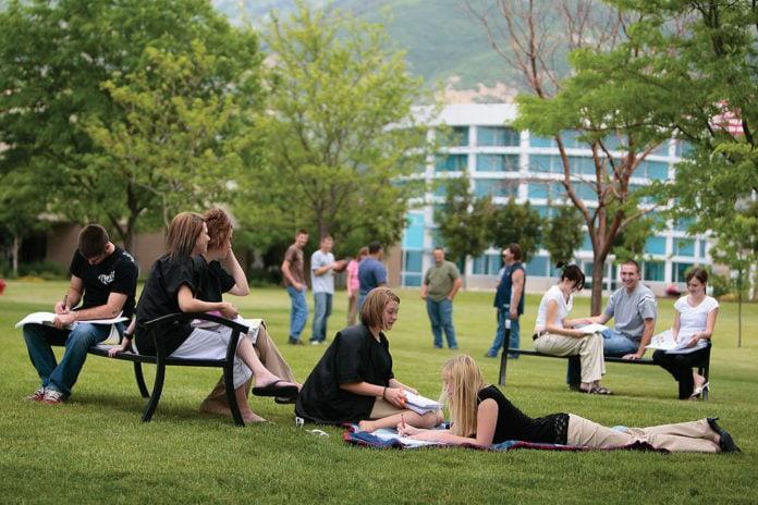 7-excellent-tips-eco-friendly-even-live-campus