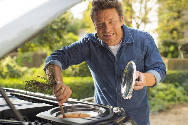 Jamie-Oliver's-Vegan-Christmas-Spread