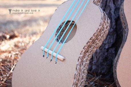 cardboard-guitar