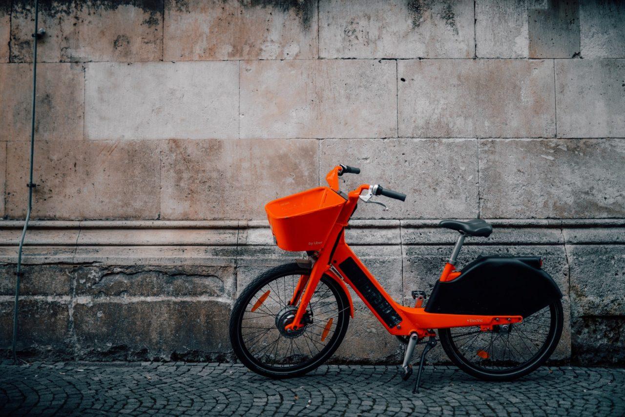Net zero emission electric cargo bikes