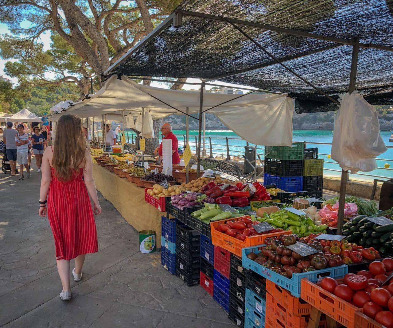 farmers markets - buy organic food cheap
