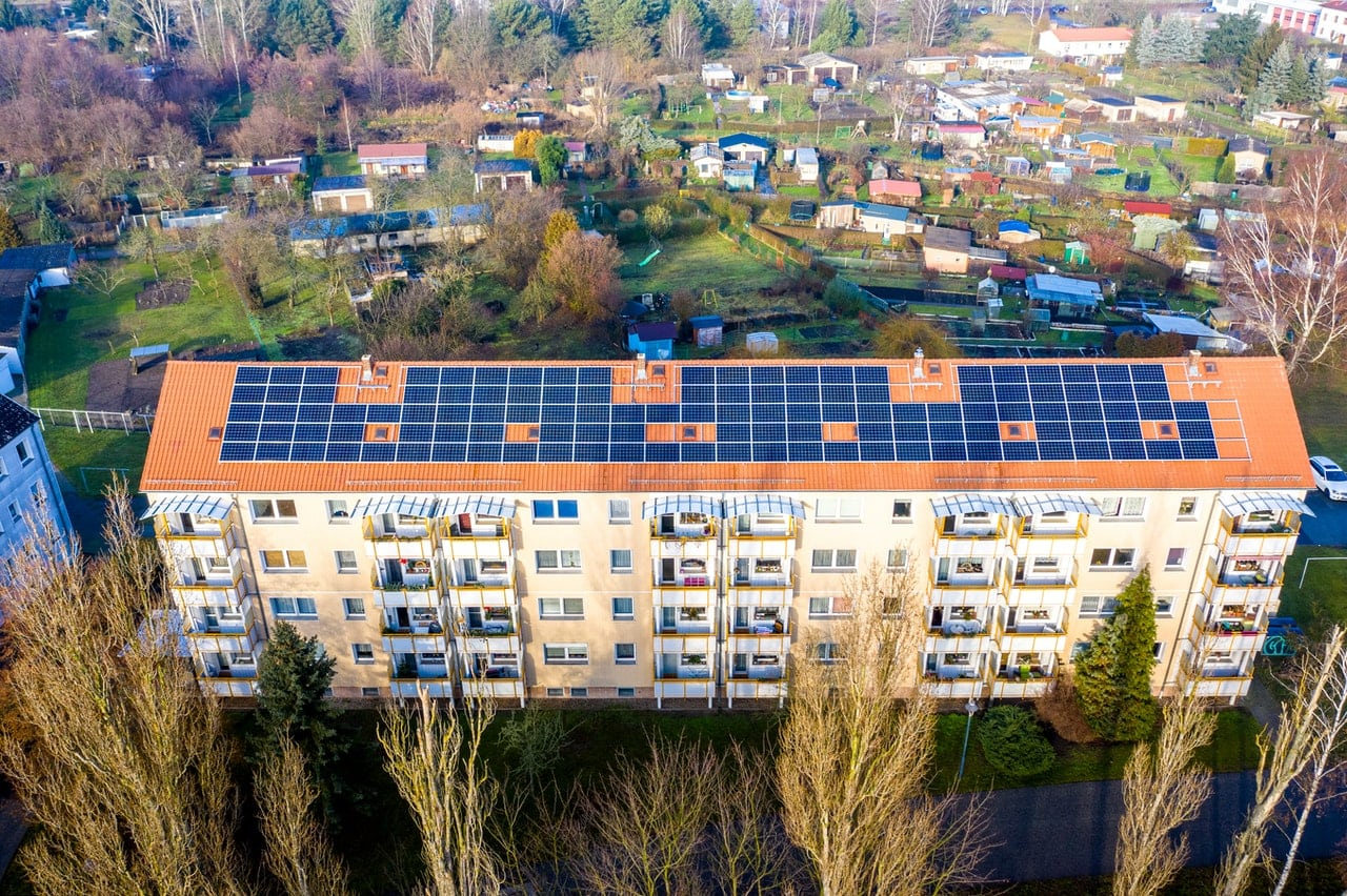 powering homes with solar